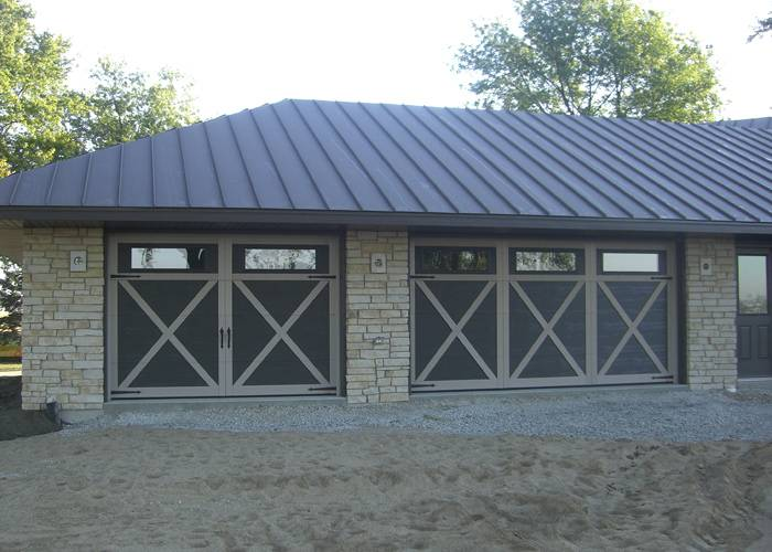 Eastman E-21, 10' x 7', 14' x 7', Carriage House SP, Claystone, Orion 4 vertical lites